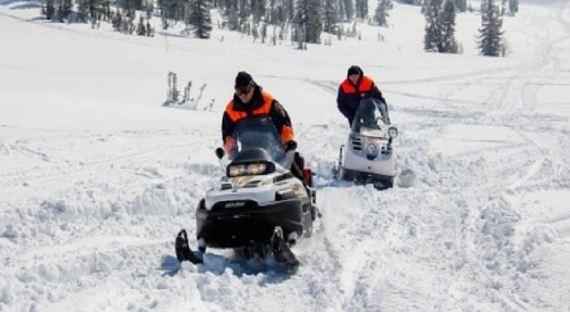 В Хакасии под снежной лавиной пропали два человека