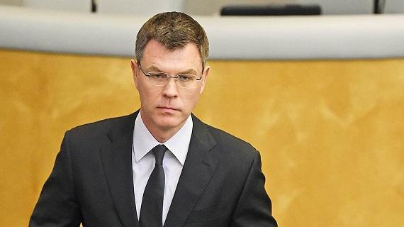 Руководитель Хакасии объявил, что омский чиновник Новоселов сейчас его зам