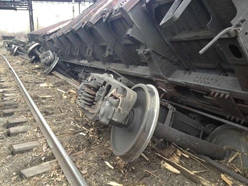 ВАчинске грузовой поезд сошел срельсов