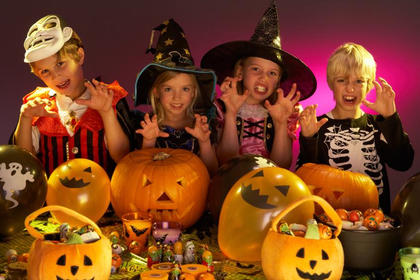 Картинки по запросу хэллоуин дети