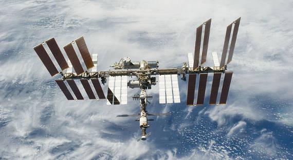 Через 20 лет космический сор уничтожит Азию иЕвропу— Ученые