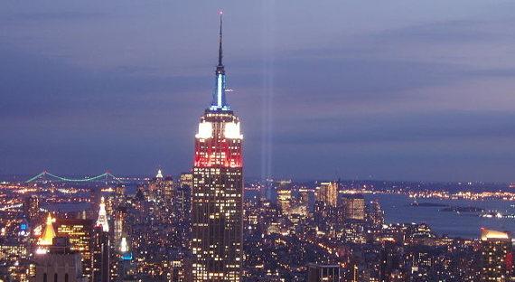 ВНью-Йорке австралийский дипломат умер после падения сседьмого этажа