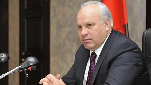 Бурков поехал вБарнаул насовещание поэкологии ипрофилактике коррупции