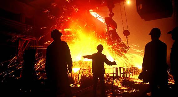 Владимир Путин поздравил металлургов спрофессиональным праздником