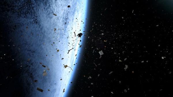 Роскосмос: Космический мусор может стать угрозой для России через 50 лет