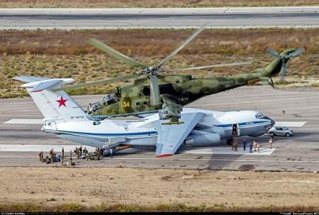 Путин одобрил размещение русской авиагруппы вСирии на49 лет