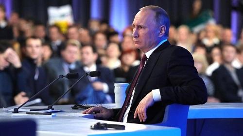 Корбут ожидает от Владимира Путина подробностей попрезидентским выборам