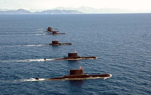 Транспорт ВМФ РФ «Яуза» встретился в Дарданеллах с турецкой подлодкой