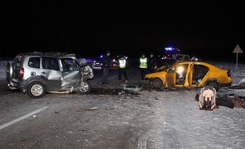 Жуткое ДТП под Красноярском забрало жизни четырех человек, включая двое детей