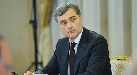 Сурков иВолкер обсудили русский проект поразмещению миротворцев вДонбассе