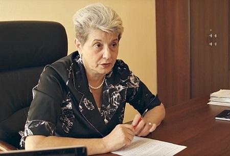 Главы города Канска вКрасноярском крае, обвиненную впожарах, наградили медалью МЧС