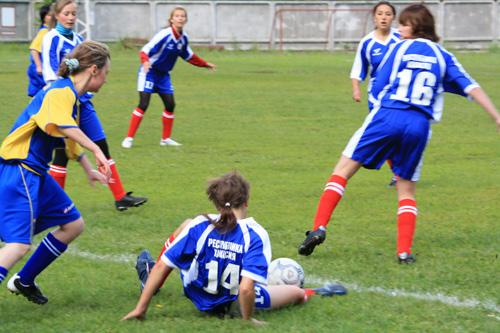 Игра женских футбольных команд