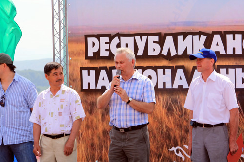 Министр спорта Валерий Денщиков на Тун Пайраме