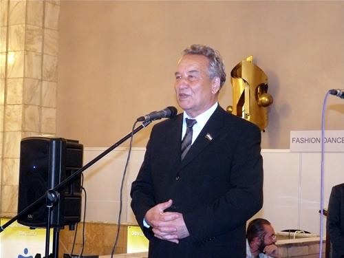 """Выставку """"ХакСтройЭкспо-2009"""" посетили высокие гости. Председатель Верховного Совета Хакасии Владимир Штыгашев"""