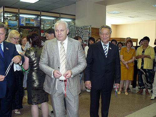 На выставку прибыли Виктор Зимин и Владимир Штыгашев